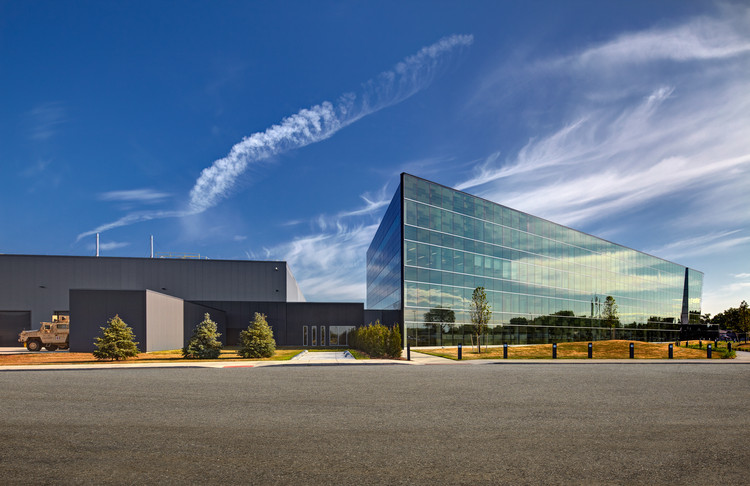 Instalaciones BAE Systems - Sterling Heights / SmithGroupJJR, © SmithGroupJJR