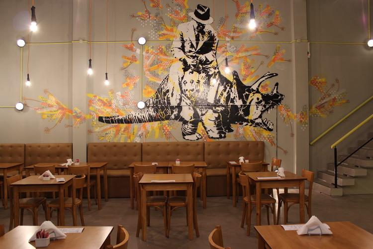 Bar Maxim / Ruben Valdemarin, Cortesía de vEstudio Arquitectura