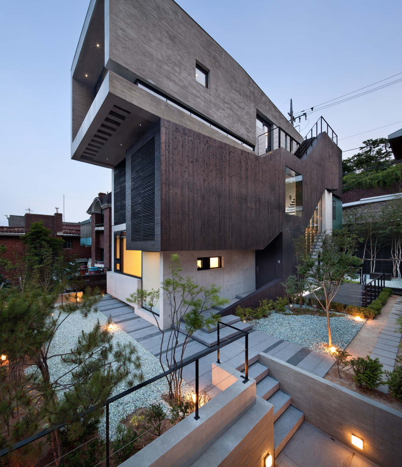 Galeria de h house sae min oh bang by min 3 - The subterranean house fighting small spaces ...