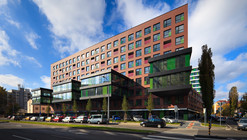 Viktoria Building / Grido