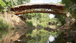 Puente Peatonal de Bambú es construído por la comunidad de Davao en Filipinas