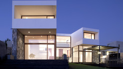 Casa Donoso – Smith / EMa arquitectos + Raimundo Salgado
