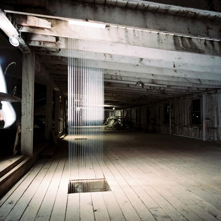 """7"" Instalação na Estação Alderbrook  / Sarah Biemiller & Robert Hutchison, © © Don Frank, Robert Hutchison"