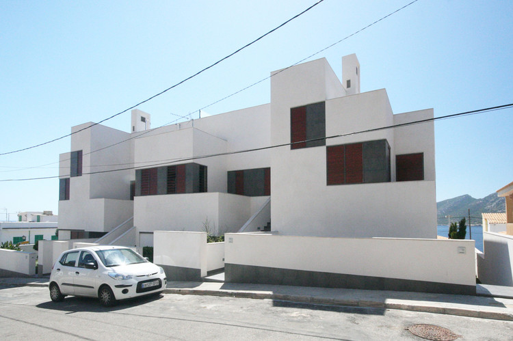 Edificio Plurifamiliar en Sant Elm / Castell-Pons Arquitectes, Cortesía de Castell-Pons Arquitectes