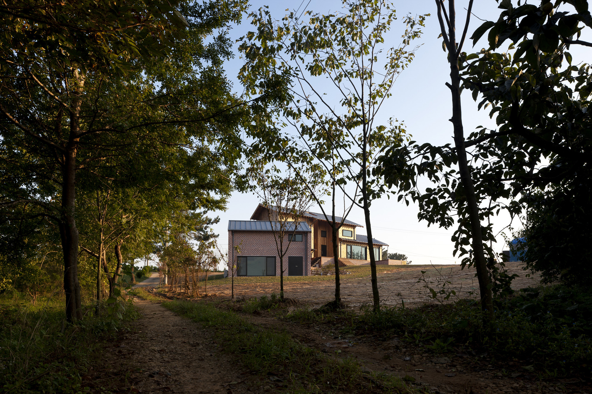 Gallery of House of January / Studio-Gaon - 3