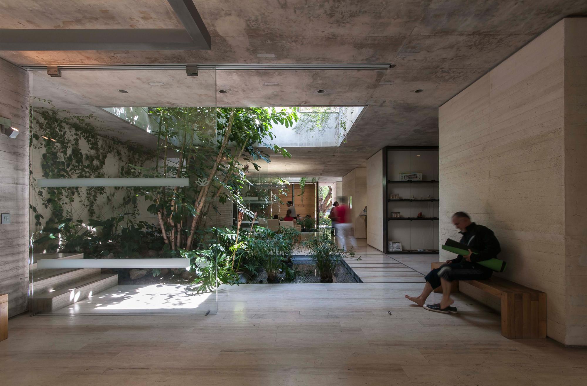 Decoracion Salon Yoga ~ Spa Quer?taro  Ambrosi I Etchegaray  Plataforma Arquitectura