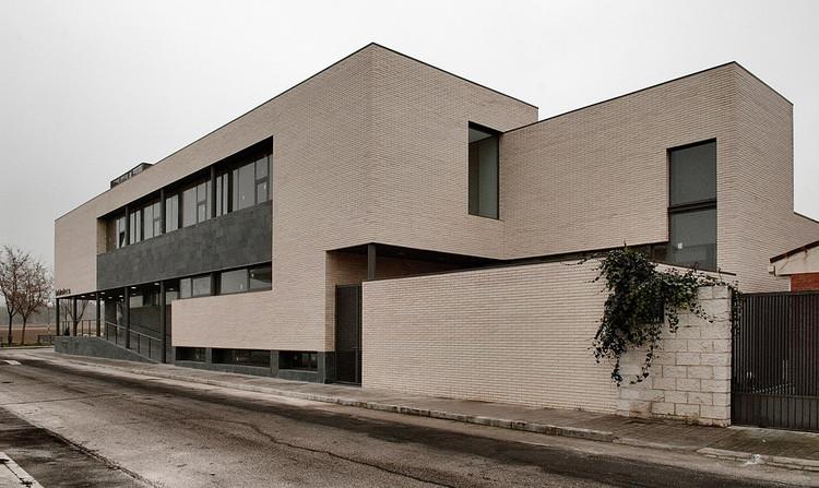 Aulario De Cobeña / GEA Arquitectos, © Ignacio Marqués