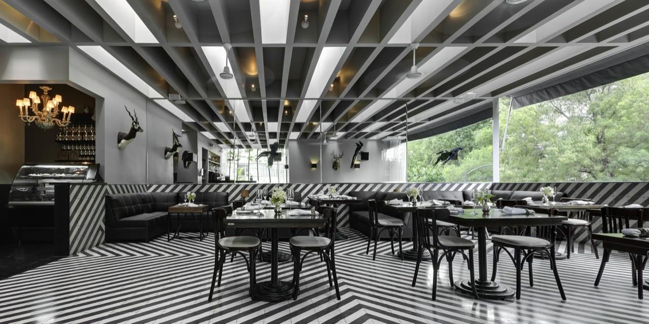 Celeste Champagne & Tea Room / PRODUCTORA, © Rafael Gamo