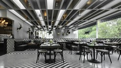 Celeste Champagne & Tea Room / PRODUCTORA