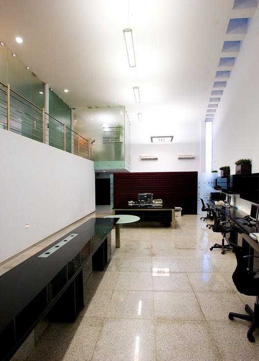Oficinas macrocel seijo pe n arquitectos plataforma for Oficina de empleo caceres