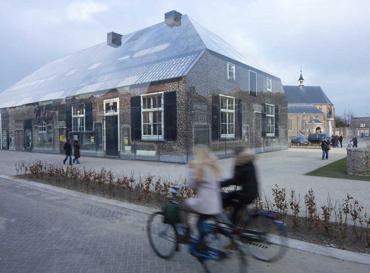 Glass Farm / MVRDV, © Jeroen Musch