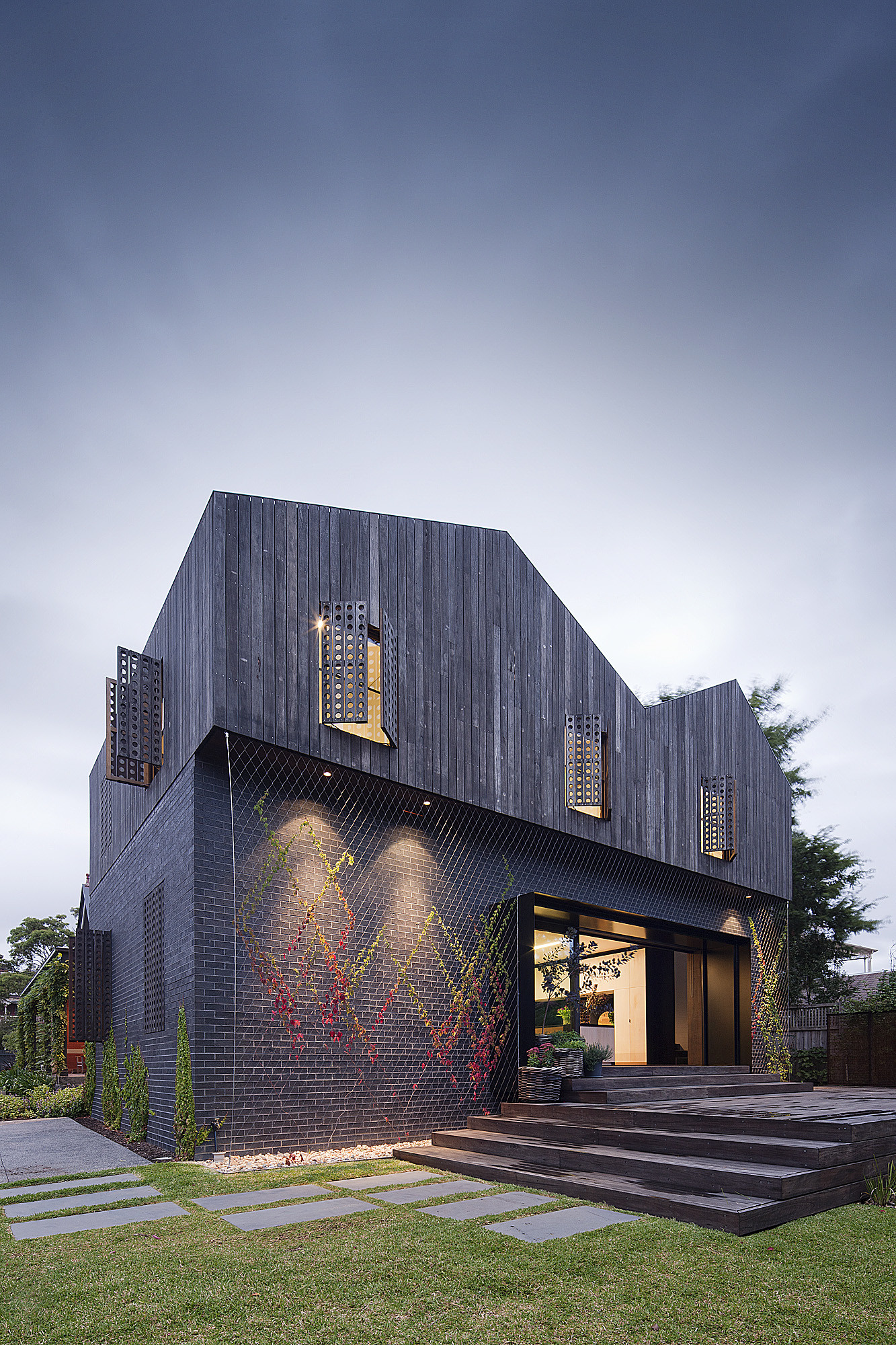 Twin Peaks House / Jackson Clements Burrows Architects