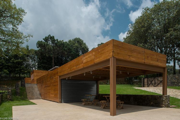 Hípico del Bosque / APT Arquitectura Para Todos, © Luis Gordoa