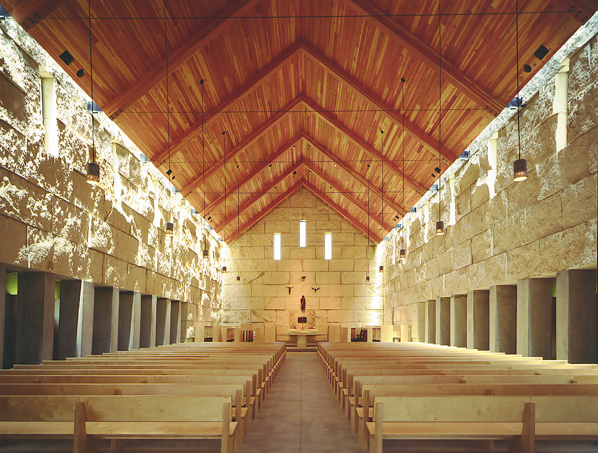 Cistercian Abbey Church / Cunningham Architects, © James F. Wilson