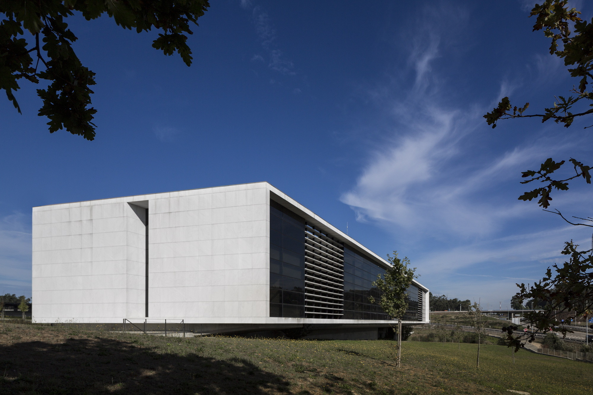 Agros Headquarters / Rocha Leite Arquitectos Associados