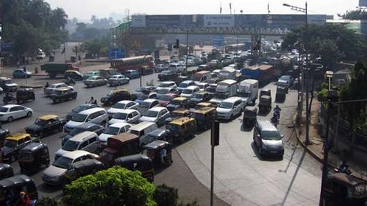 Kala Nagar Traffic Junction currently; Image Courtesy of BMW Guggenheim Lab