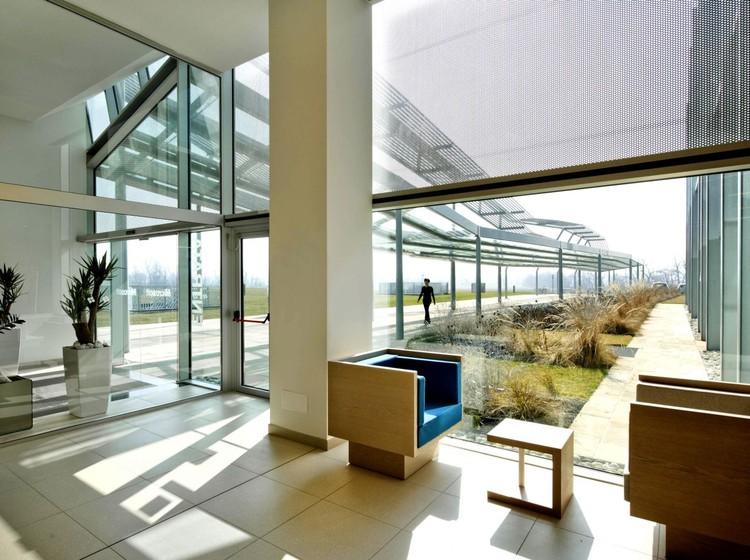 Microsoft Milan / Flores & Prats, Courtesy of Flores Prats