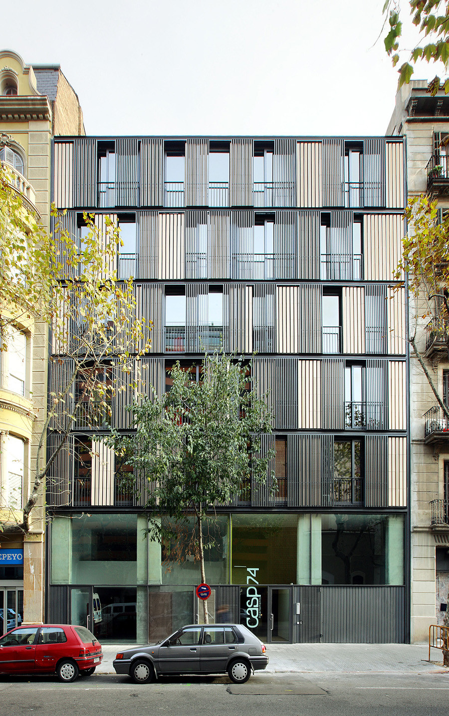 Apartment Building Casp 74 Bach Arquitectes Archdaily