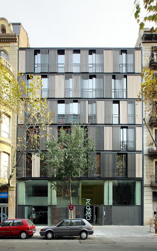 Edificio de Viviendas CASP 74 / Bach Arquitectes, © José Hevia