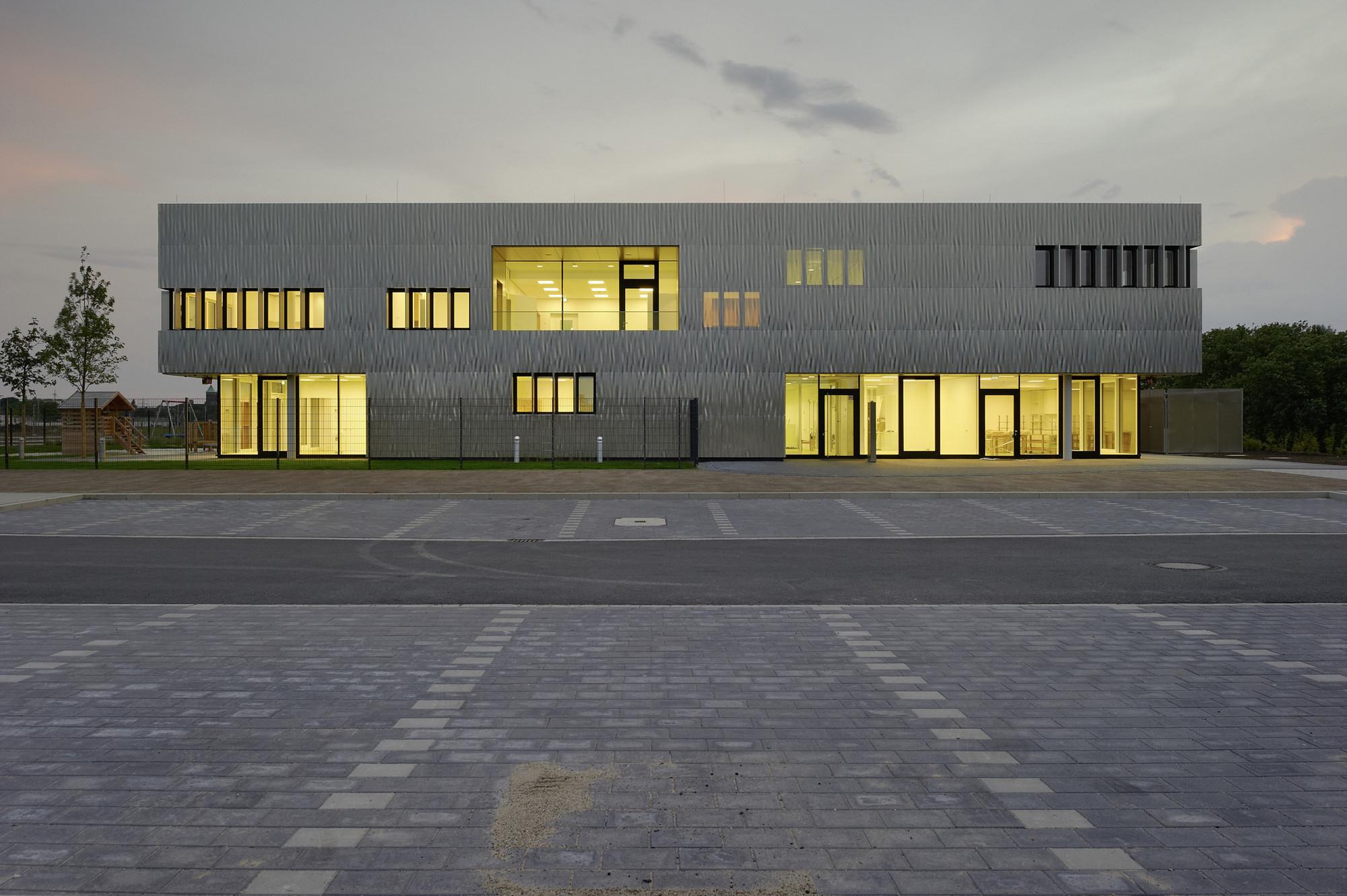 Architekten In Essen gallery of day care thyssenkrupp quarter essen jswd architekten 7