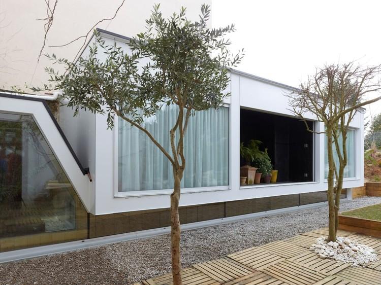 Down Up House / Avignon-Clouet Architectes, Courtesy of Avignon-Clouet Architectes