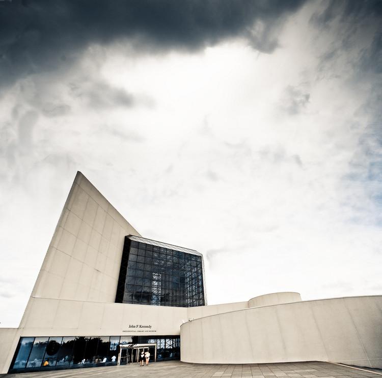 Clássicos da Arquitetura: JFK Presidential Library / I.M. Pei