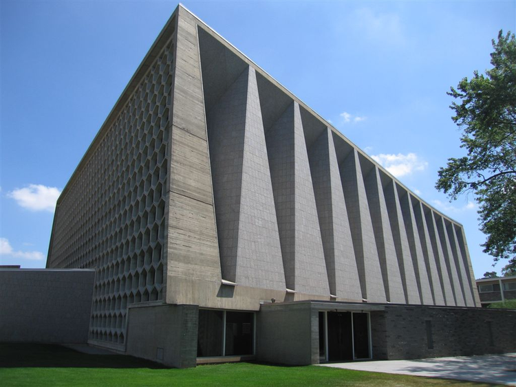 AD Classics: AD Classics: St. John's Abbey Church / Marcel Breuer, ©  Flickr user: rburzel