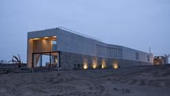 Casa Paracas / RRMR Arquitectos