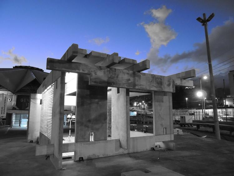 Espaço Habitável de Concreto, Madeira e Vidro / ERDC Arquitectos, © Pablo Puente