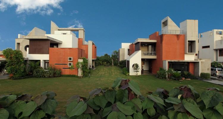 Dual House / VPA Architects, Courtesy of VPA Architects