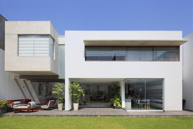 Patio House / Seinfeld Arquitectos, © Juan Solano Ojasi