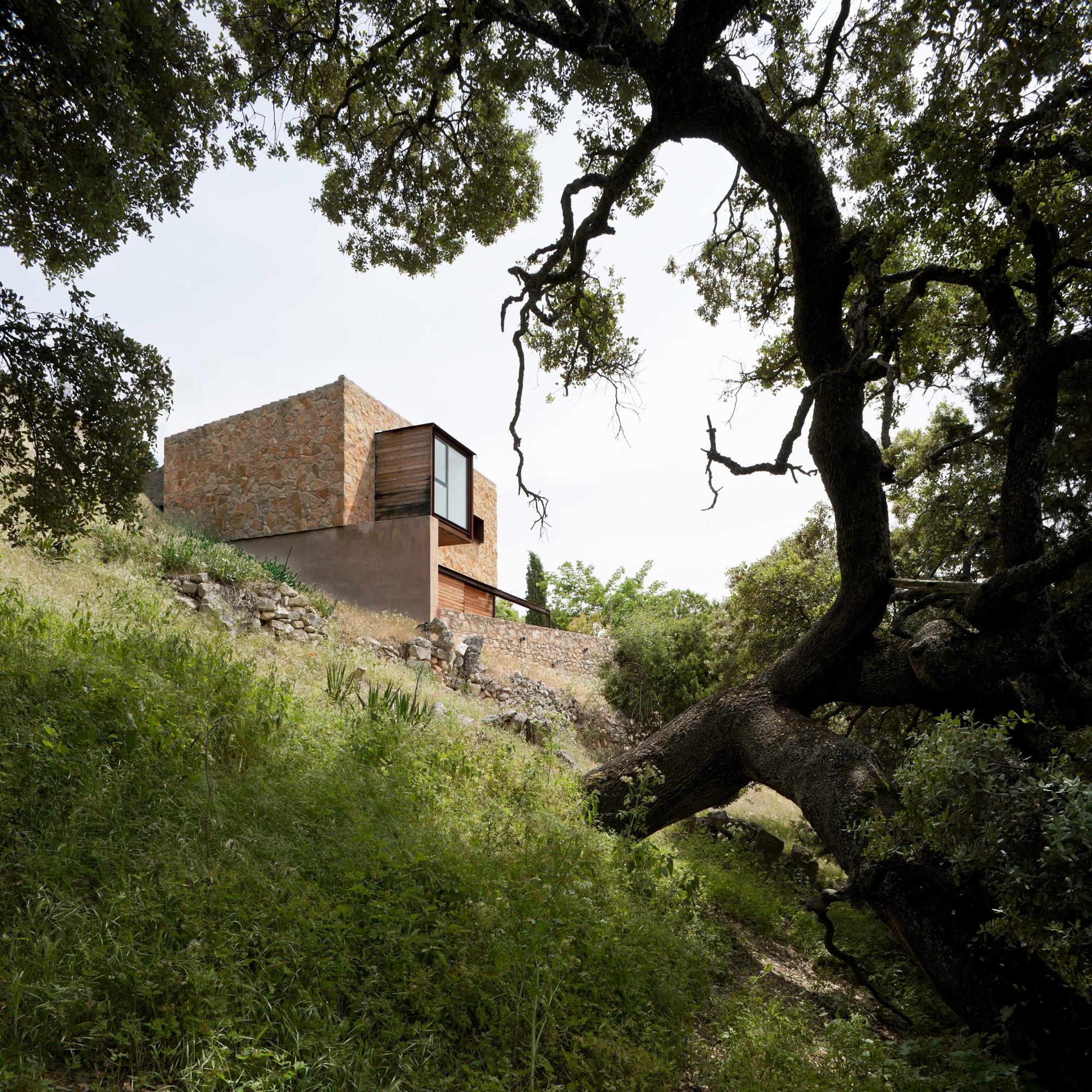 La Revilla House / Estudio Mariano Martin