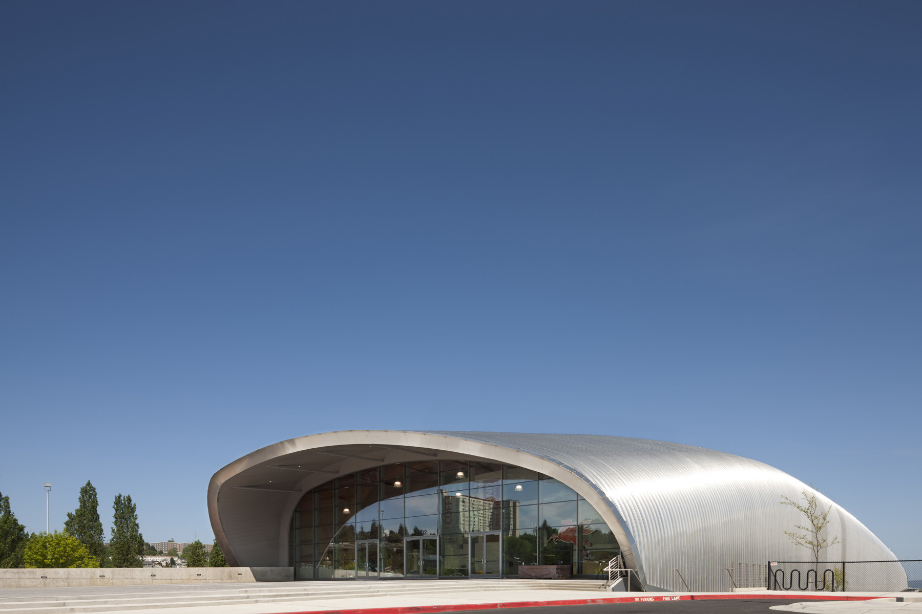 Lemay museum large architecture archdaily for Is architecture