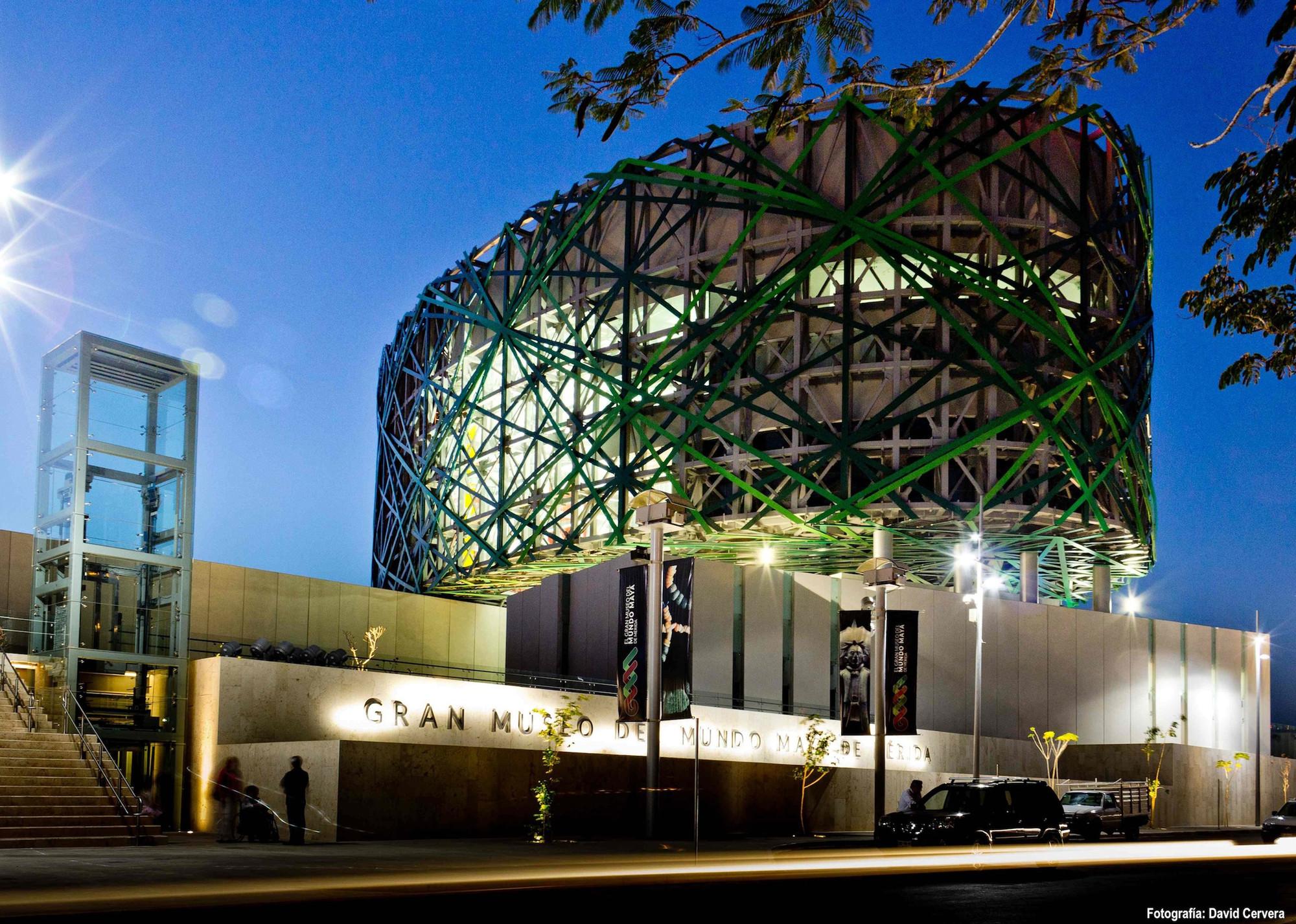 Gran Museo del Mundo Maya, uno de los museos con mejor arquitectura.