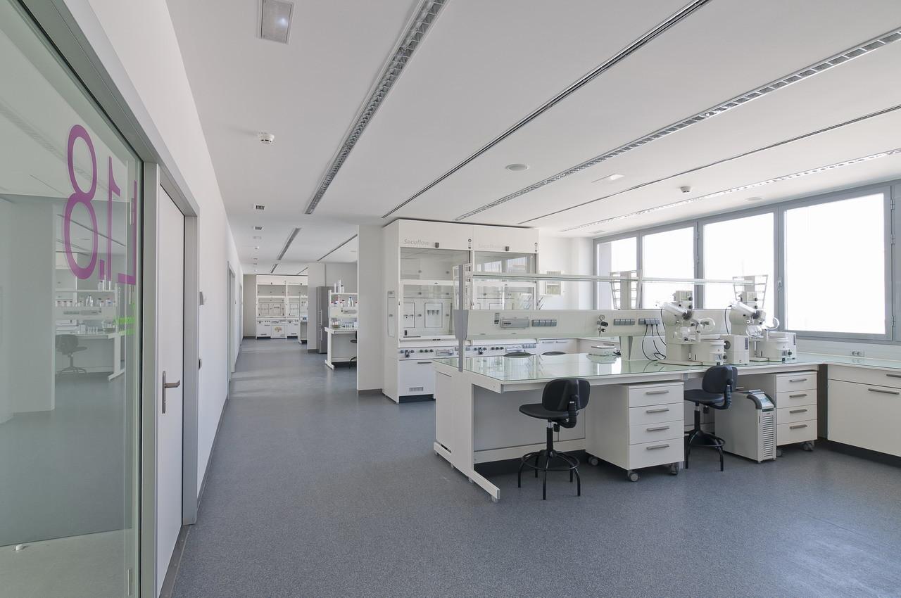 Bionand Building / Planho