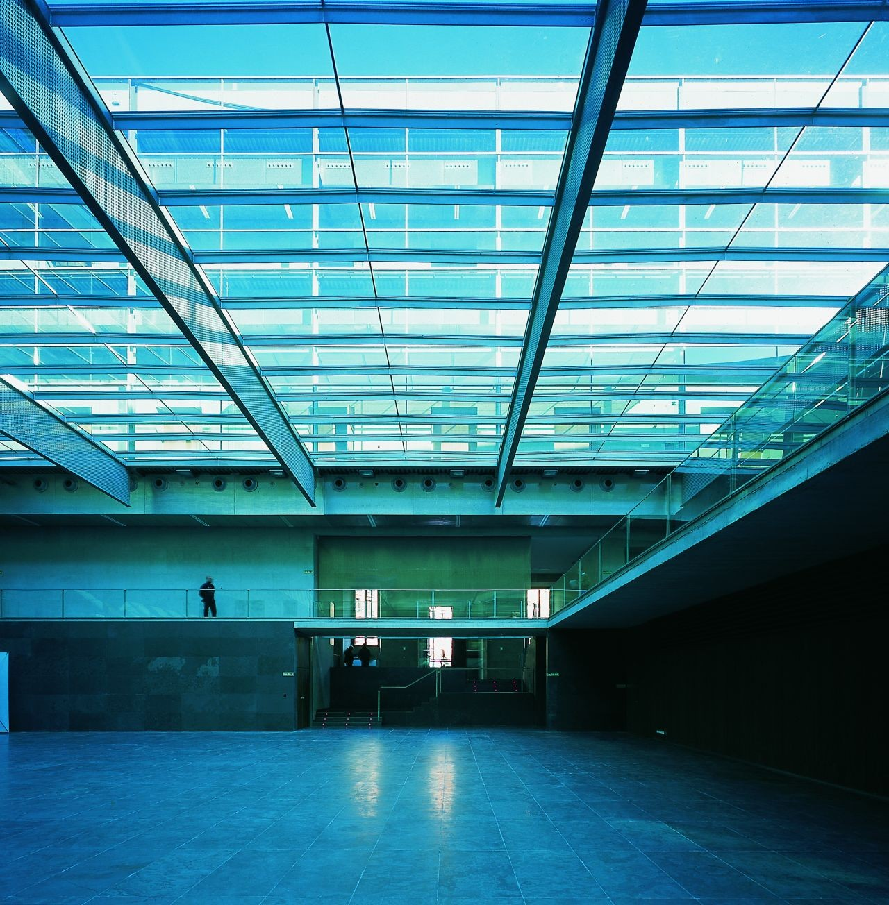 Parlamento de Navarra / Otxotorena Arquitectos