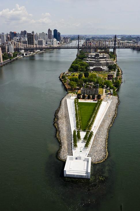 Parque projetado por Louis Kahn é inaugurado em Nova York, © Amiaga vía arkpad