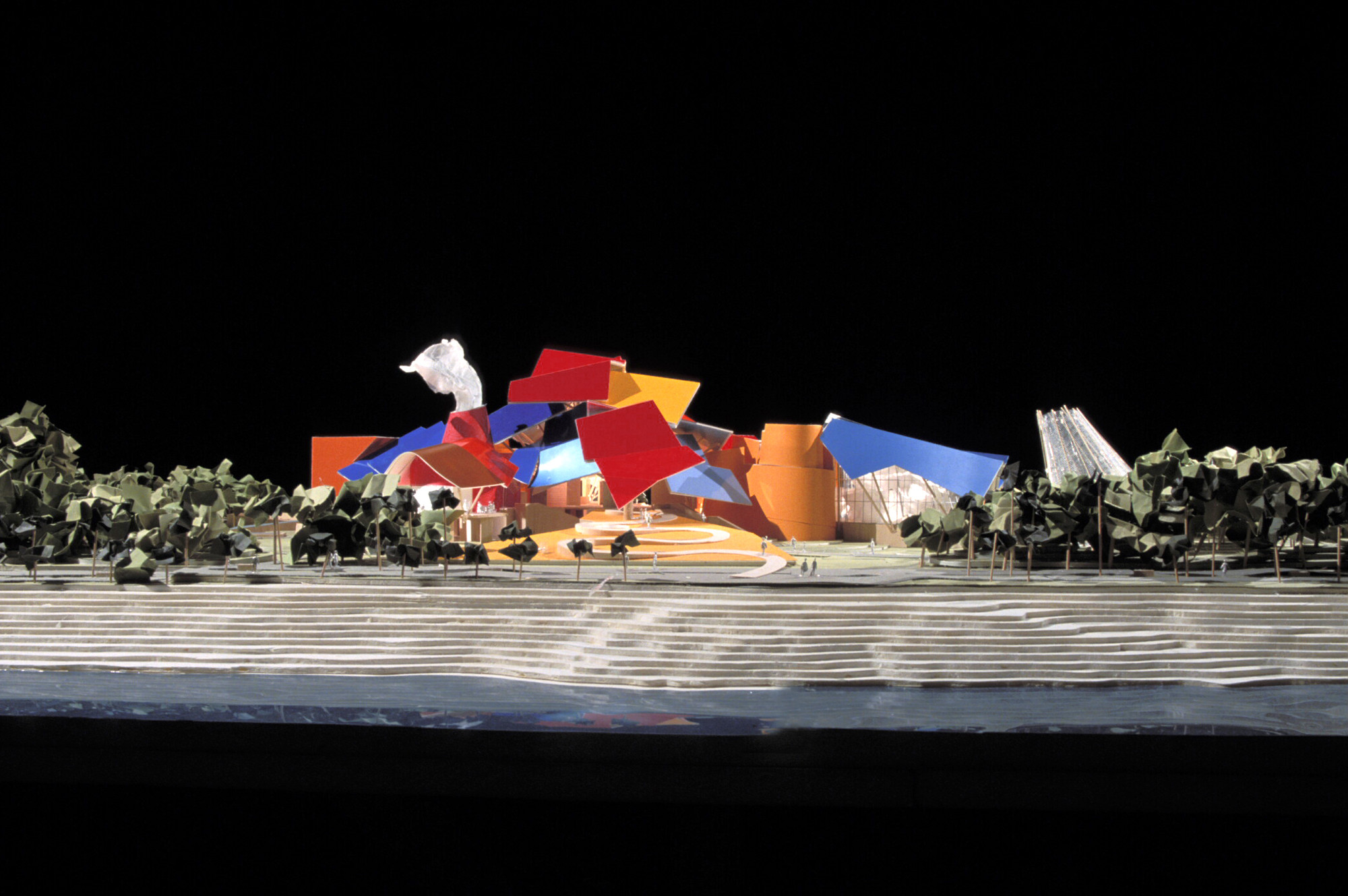 In Progress: The Biomuseo / Frank Gehry