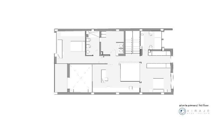 Luz interior vivienda unifamiliar entre medianeras for Vivienda unifamiliar arquitectura