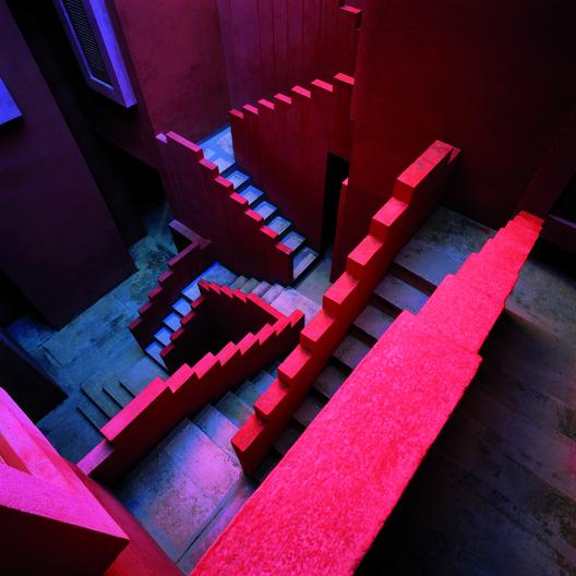 Ad Classics La Muralla Roja Ricardo Bofill Archdaily