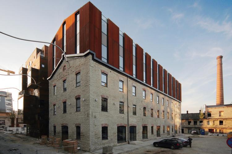 Novo e Velho Armazém de Farinha de Rotermann / HGA (Hayashi-Grossschmidt Arhitektuur), © Martin Siplane