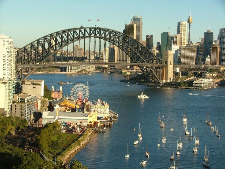13 princípios para converter uma orla em um espaço público transitável e culturalmente ativo, Sidney; Via teflinternational.org.uk