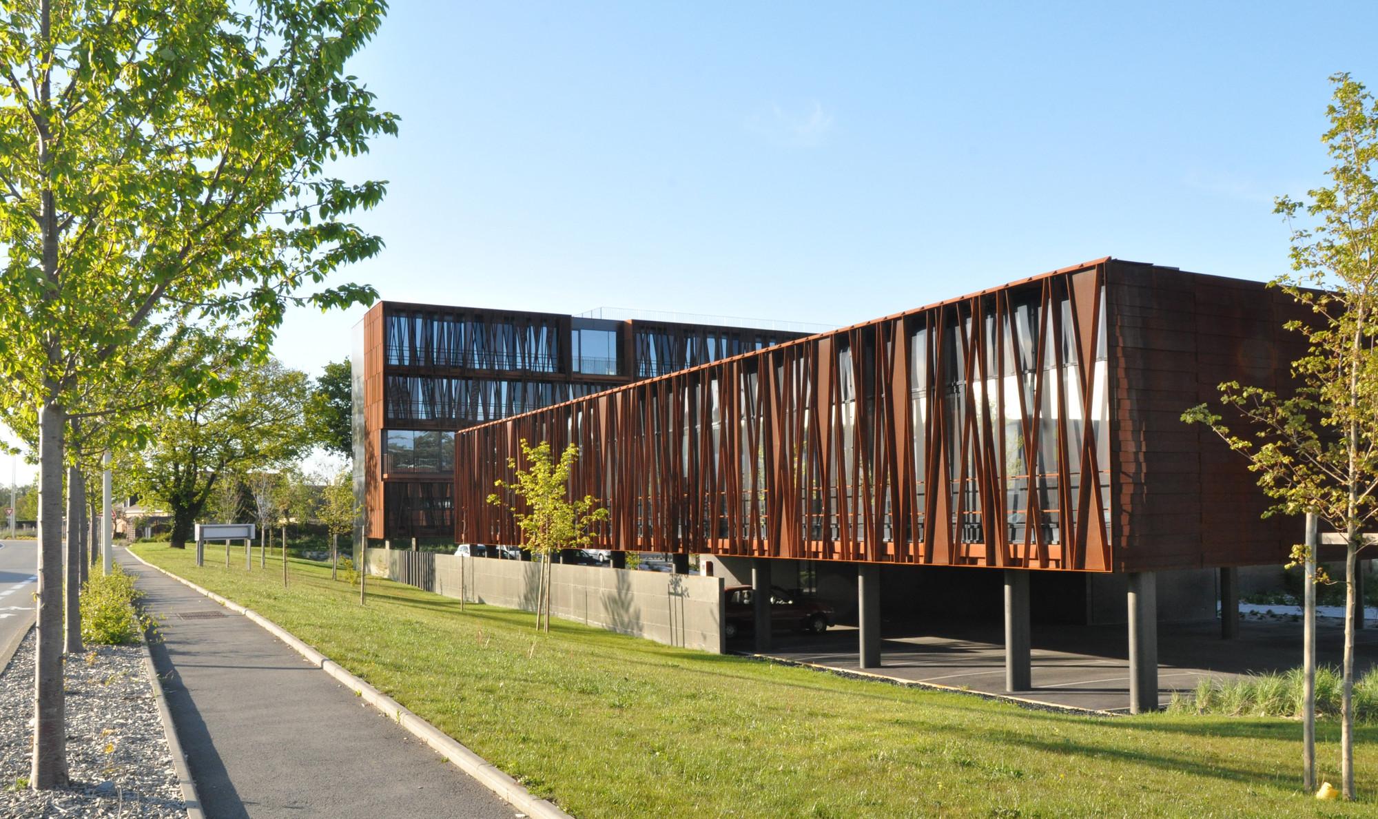 Gallery of steel band atelier arcau 7 - Estructuras de acero para casas ...
