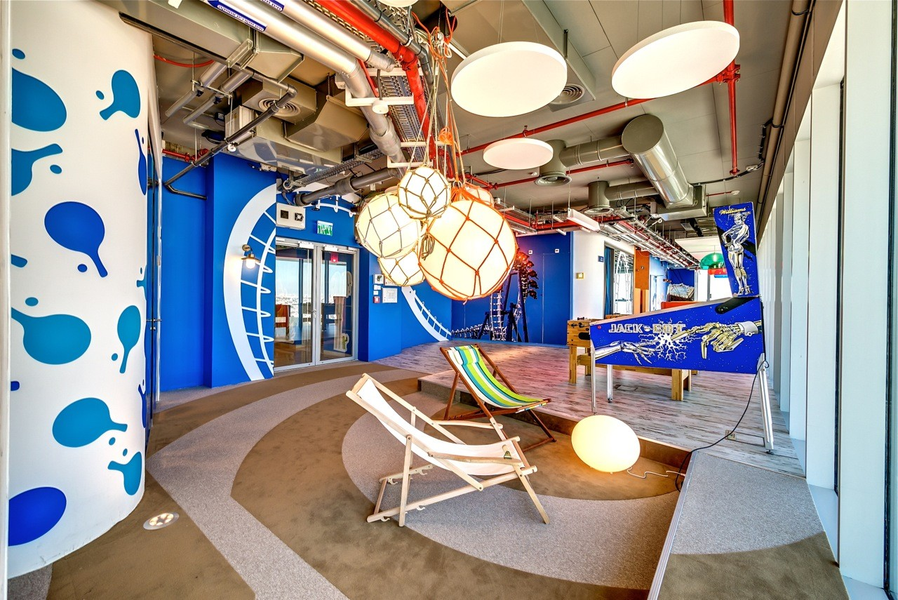 google tel aviv office tel. Google Tel Aviv Office / Camenzind Evolution O
