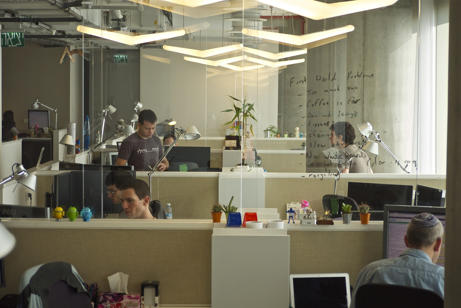 google office decor. Google Tel Aviv Office,© Itay Sikolski Office Decor