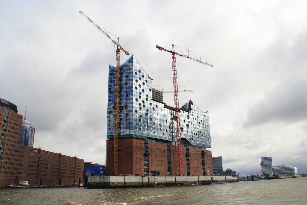 Herzog & de Meuron's Elbphilharmonie to be Complete by 2017, © Martin Wippel
