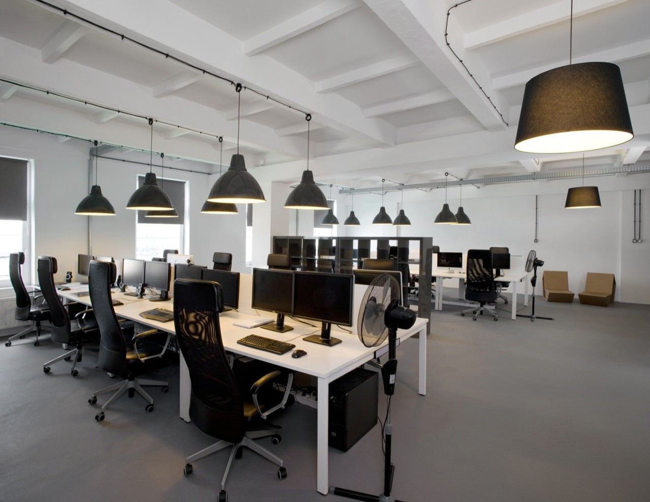 Gallery of pride and glory office morpho studio 2 for Woodworks design office 9