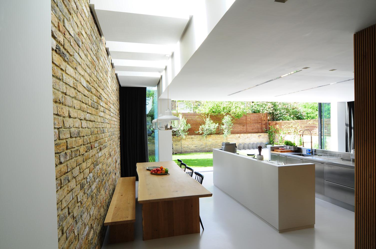 Gallery of homemade bureau de change design office 7