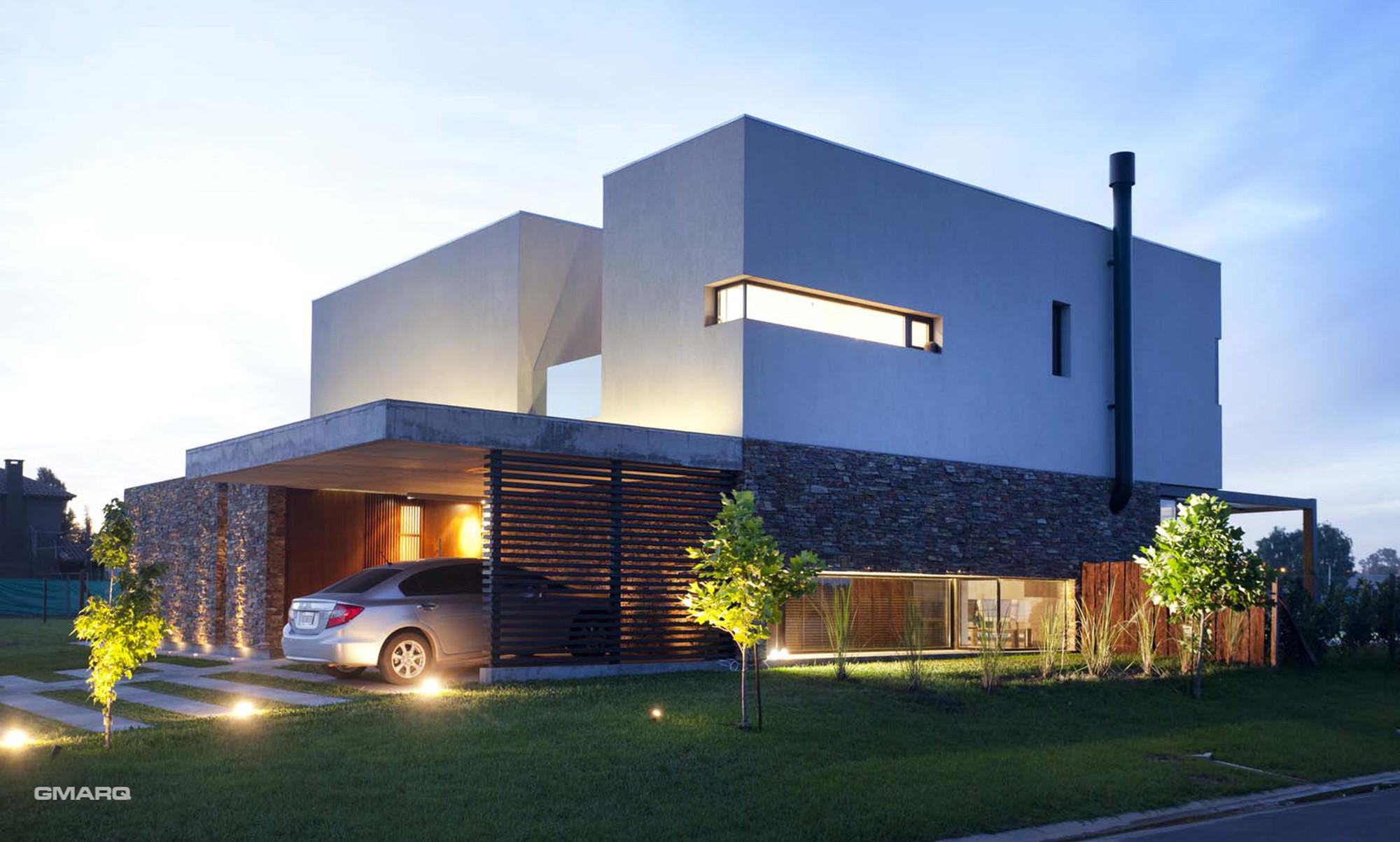 Gallery of a house estudio gmarq 15 for Arquitectura casas pequenas