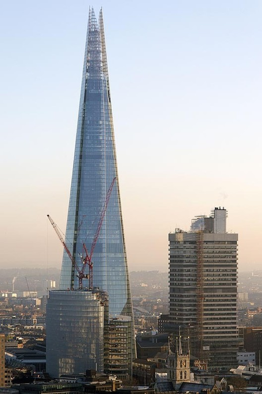 Renzo Piano Talks Architecture and Discusses 'The Shard' with BBC News